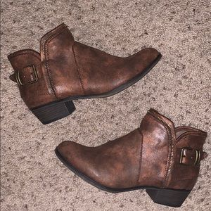 American Rag Booties Size 8